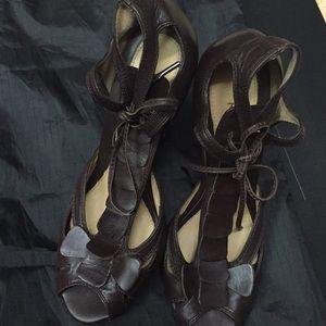 LAMB Brown heels